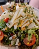 Salade Harissa Hummus